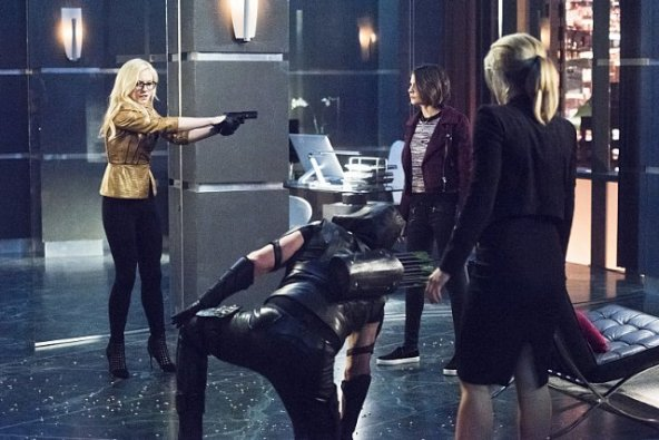 arrow-beacon-of-hope-review - bug eyed bandit, arrow, thea and felicity