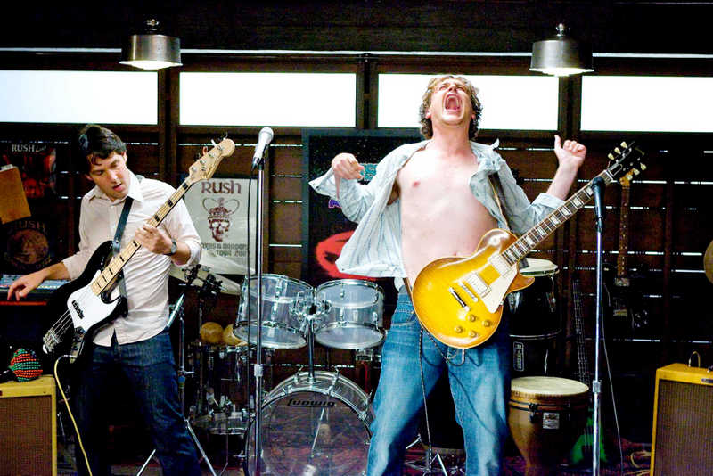 i-love-you-man-paul-rudd-and-jason-segel-rocking-out