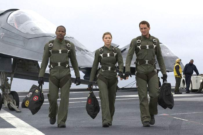 stealth-movie-jamie-foxx-jessica-biel-and-josh-lucas