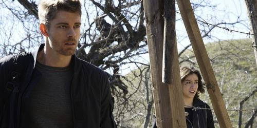 Agents-of-SHIELD-Paradise-Lost-review - Luke-Mitchell-Chloe-Bennet-min