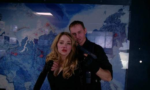 Hardcore Henry - Estelle kidnapped-min