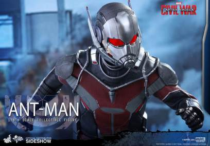 Hot Toys Civil War Ant-Man figure -closer view