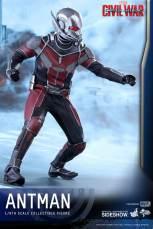 Hot Toys Civil War Ant-Man figure -side shot