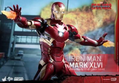 Hot Toys Civil War Iron Man -repulsor up close