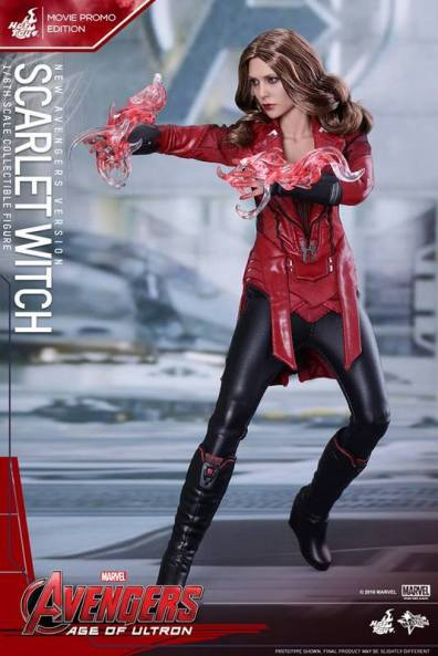 Hot Toys New Avengers Scarlet Witch - action ready