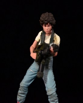 NECA Aliens Ellen Ripley figure - taking aim