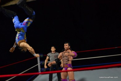 WWE 123 Kid figure review - moonsault to Razor Ramon