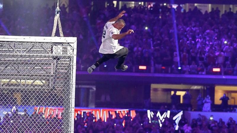 Wrestlemania 32 - shane leaps off the cell