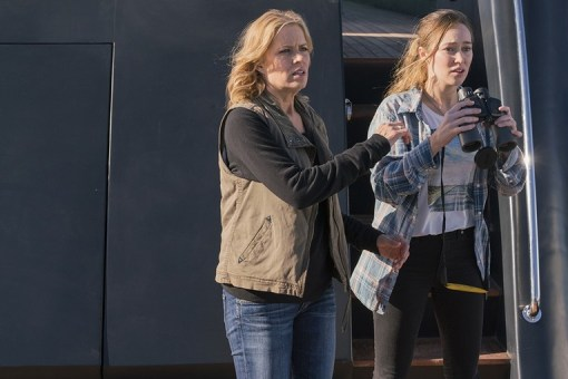 fear the walking dead - monster review - madison and alicia