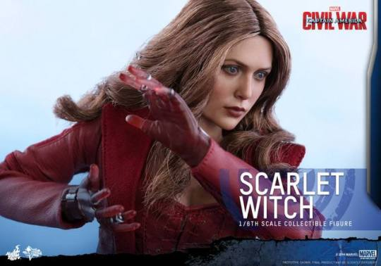 Hot Toys Scarlet Witch figure - about to power up
