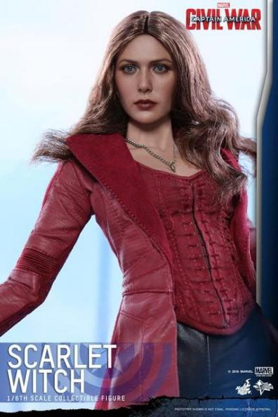 Hot Toys Scarlet Witch figure - looking up