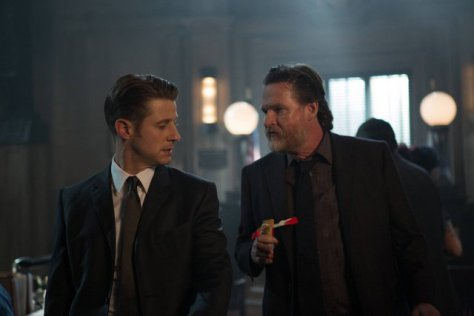 gotham-by-fire-gordon-and-bullock