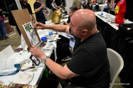 Awesome Con 2016 -Mark T painting Planet Hulk-min