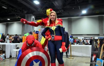 Awesome Con 2016 - Marvel display Spider-Man and Captain Marvel-min