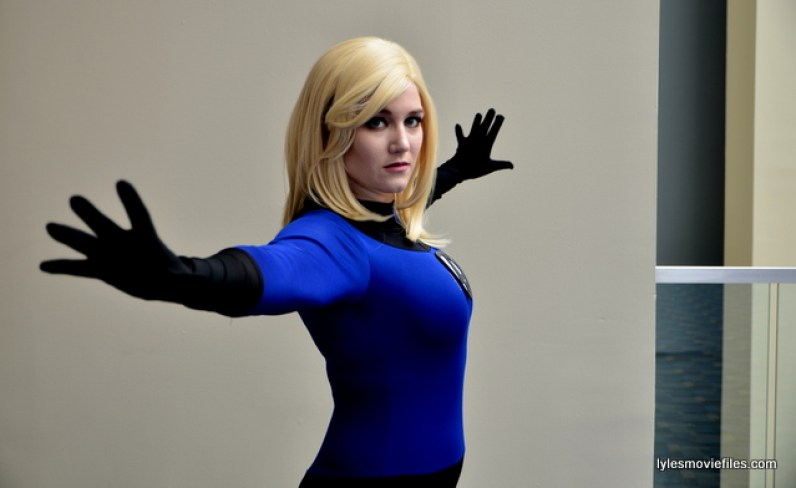 Awesome Con 2016 cosplay - Sarah Brice as The Invisible Woman