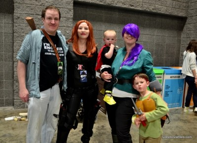 Awesome Con 2016 cosplay - cosplaying family