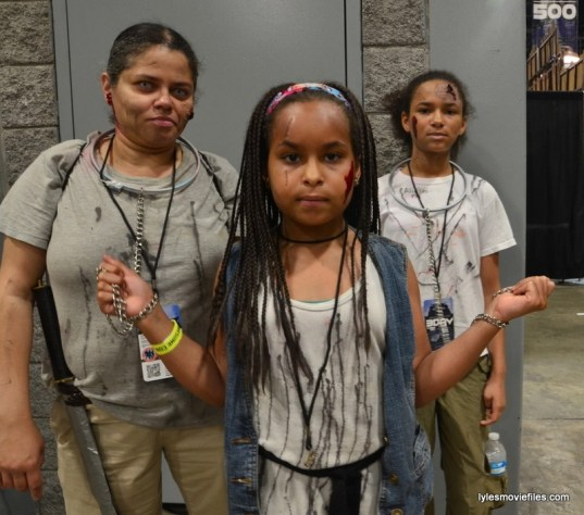 Awesome Con cosplay Day 2 -Michonne and her walkers The Walking Dead