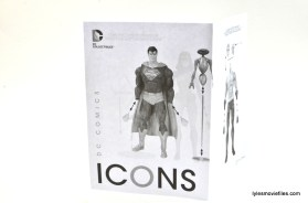 DC Icons Superman figure review - instructions