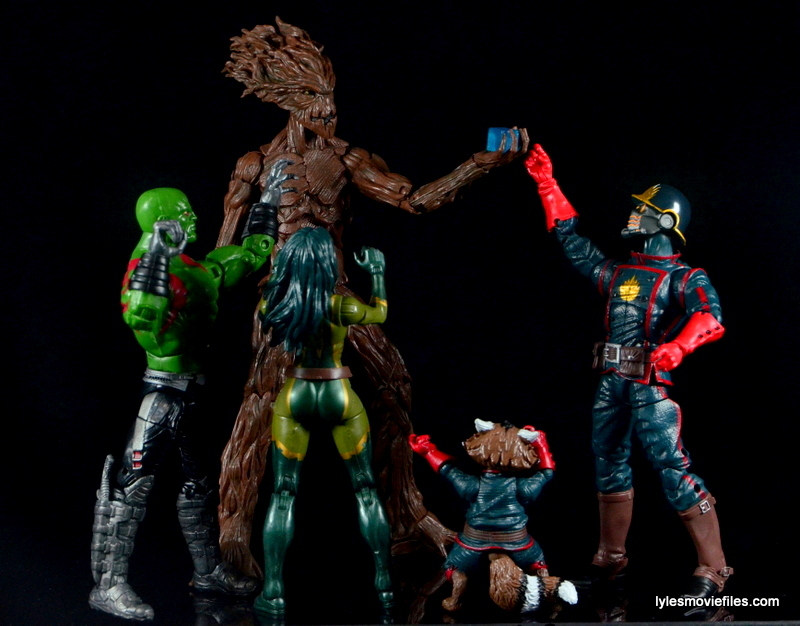 Guardians of the Galaxy Marvel Legends exclusive -Guardians going for Cosmic Cube