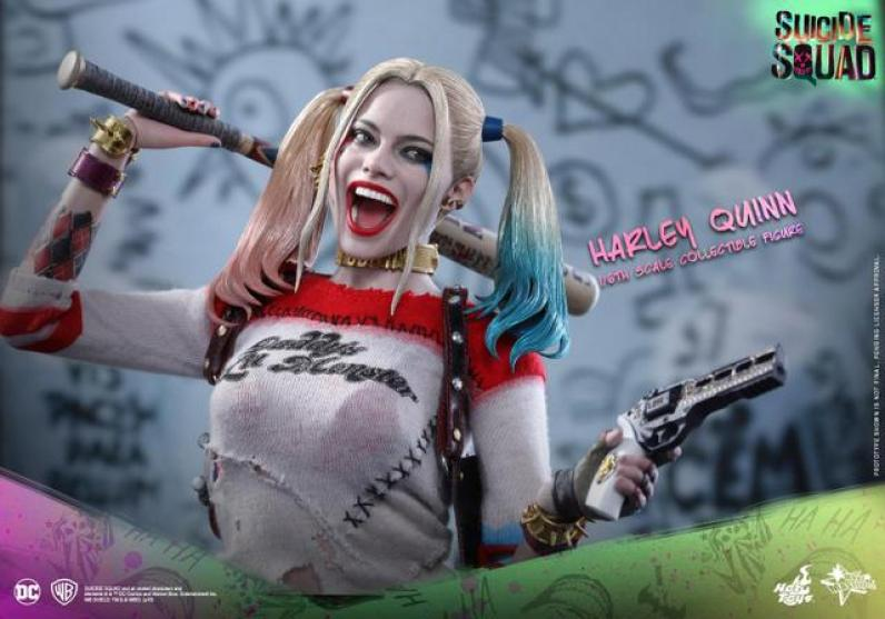 Hot Toys Harley Quinn Suicide Squad figure -wide main