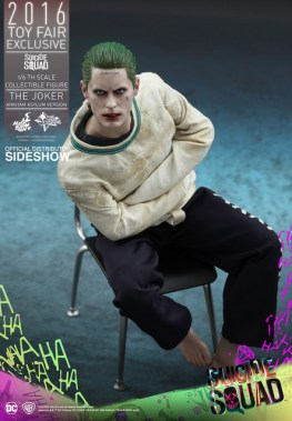 Hot Toys The Joker Arkham Asylum version - dead eyes