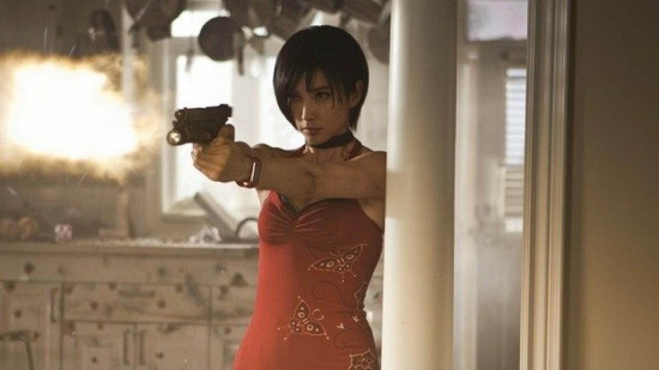 Resident Evil Retribution Pics Jill Valentine And Carlos Nab