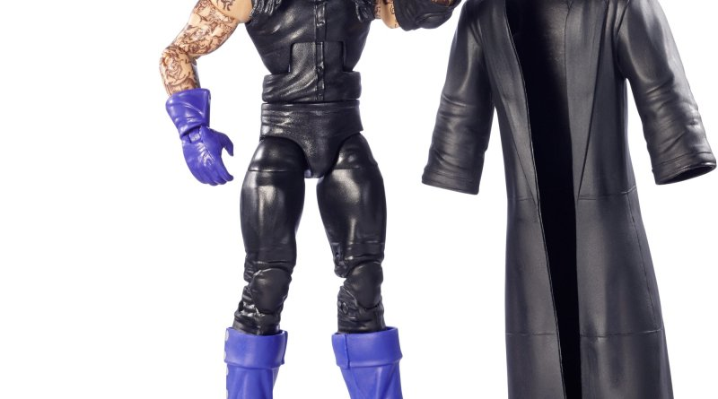 WWE-Legends-The-Undertaker-accessories-off.