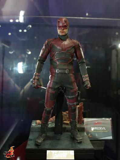 AGCHK 2016 - Hot Toys Daredevil wide
