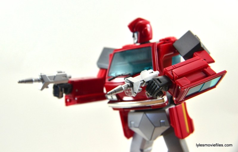 Transformers Masterpiece Ironhide figure review - holding pistols