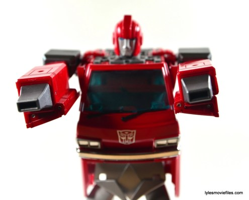 Transformers Masterpiece Ironhide figure review -nozzle hands