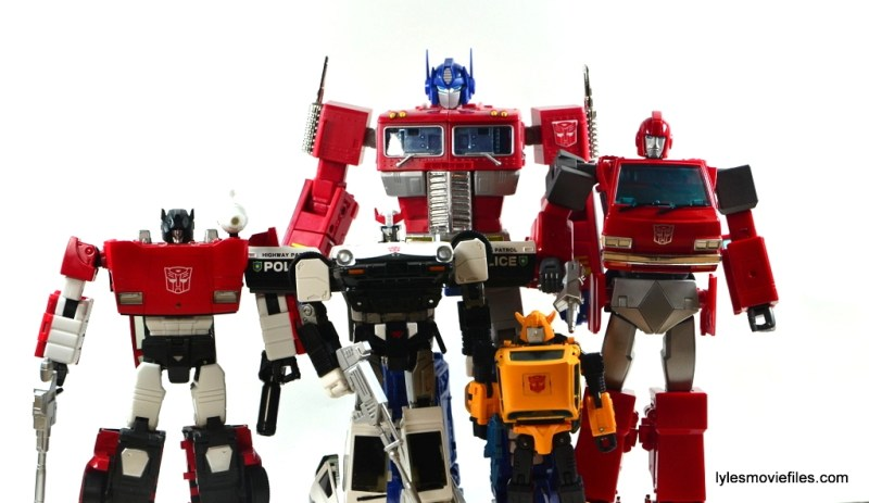 Transformers Masterpiece Ironhide figure review - scale Sideswipe, Prowl, Optimus Prime, Bumblee