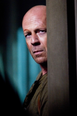 bruce-willis-as-john-mcclane-in-live-free-or-die-hard