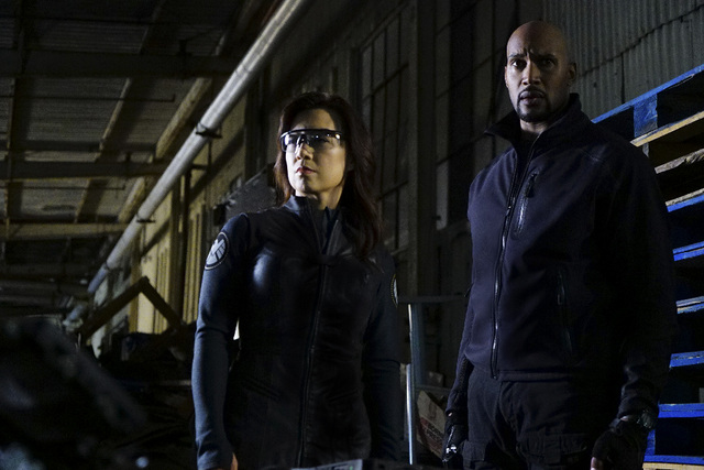 Agents-of-Shield-The-Ghost-May-and-Mack