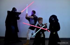 Baltimore Comic Con 2016 - Sith vs Jedi
