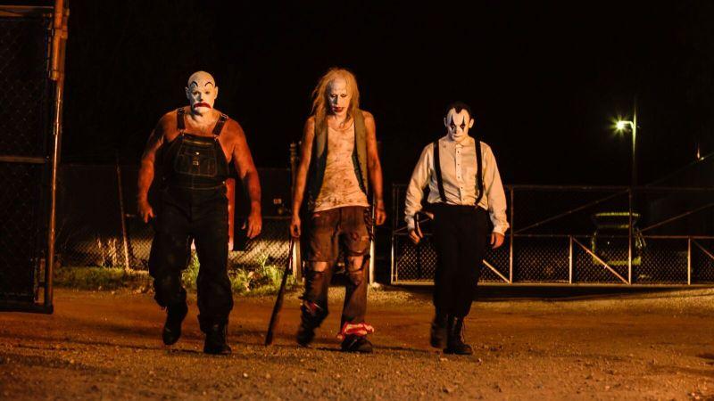 clowntown-review-killer-clowns