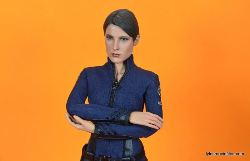 Hot Toys Maria Hill figure -arms crossed