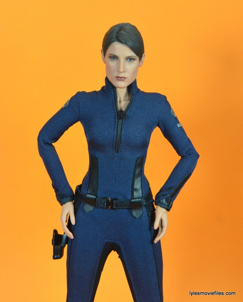 Hot Toys Maria Hill figure -hands on hips