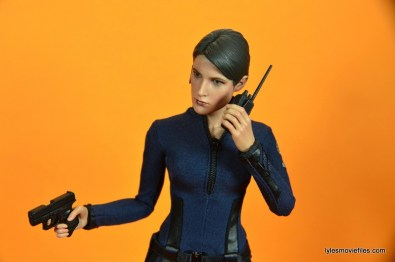 Hot Toys Maria Hill figure -holding accessories