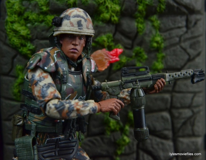 neca-aliens-series-9-frost-figure-review-holding-flamethrower