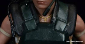 neca-aliens-series-9-pvt-jenette-vasquez-chain-detail