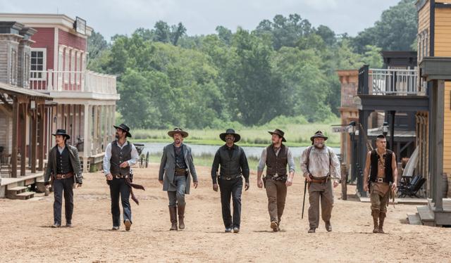 Denzel Washington;Chris Pratt;Ethan Hawke;Byung-hun Lee;Vincent D Onofrio;Manuel Garcia-Rulfo;Martin Sensmeier - Magnificent Seven