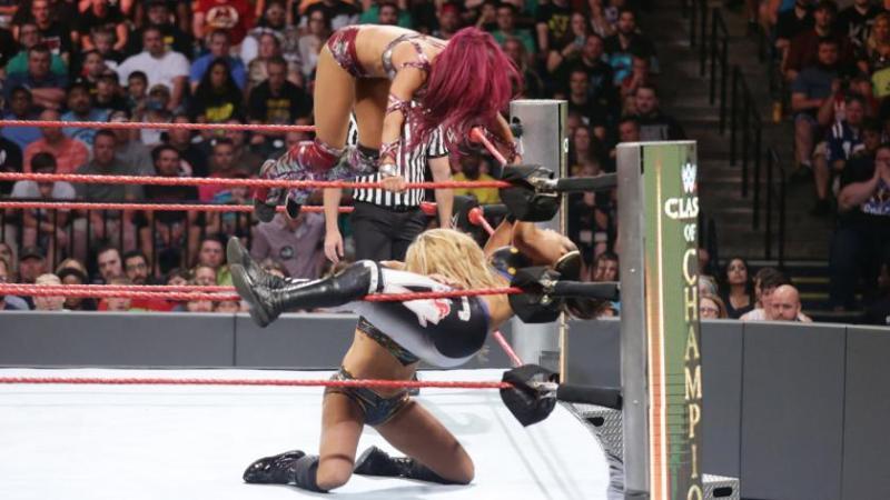 wwe-clash-of-champions-charlotte-vs-sasha-banks-vs-bayley