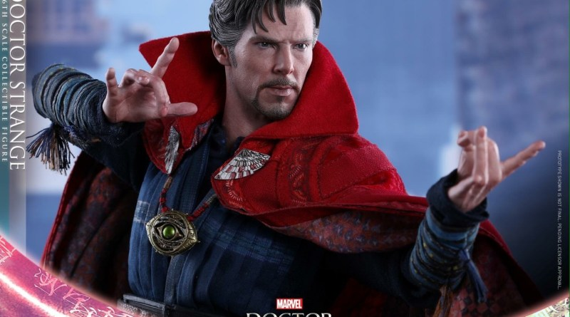 Hot Toys Doctor Strange - main pic