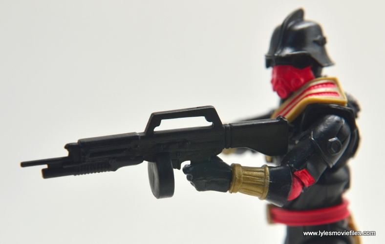 gi-joe-sinister-allies-set-review-iron-grenadier-rifle-close-up