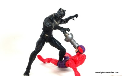 marvel-legends-black-panther-civil-war-figure-vs-klaw