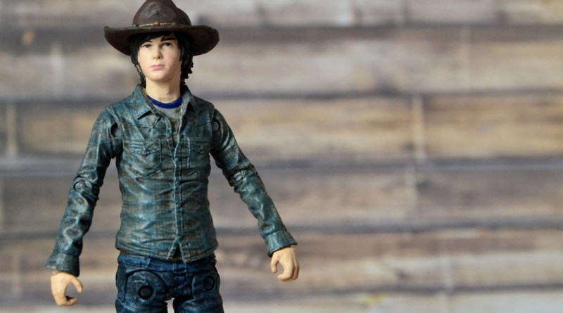 the-walking-dead-carl-grimes-figure-review-series-7-main-pic