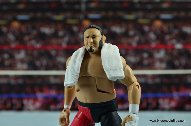 wwe-elite-43-samoa-joe-figure-review-side-view-with-towel