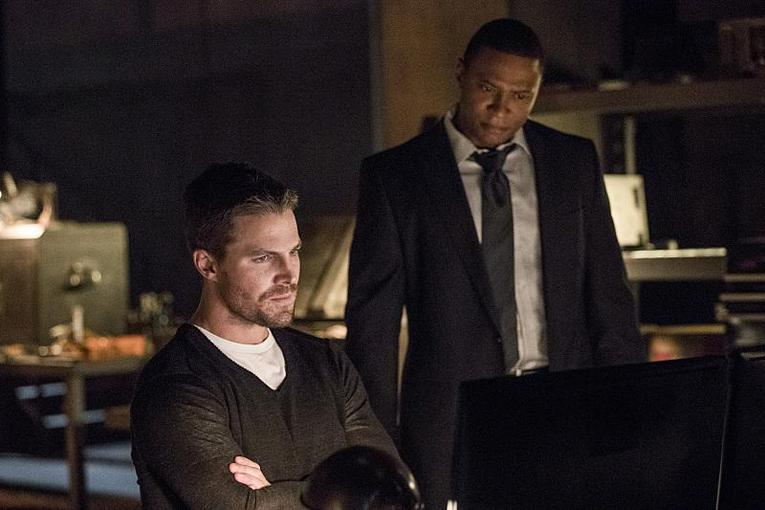 Arrow What We Leave Behind review - Oliver and Diggle