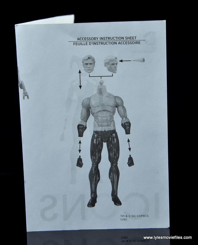 DC Icons Aquaman figure review - instructions