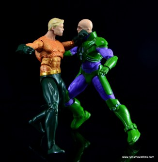 DC Icons Aquaman figure review - vs Lex Luthor